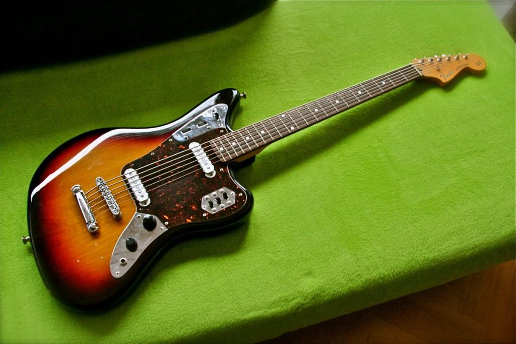 Fender Jaguar Baritone Custom - Hale