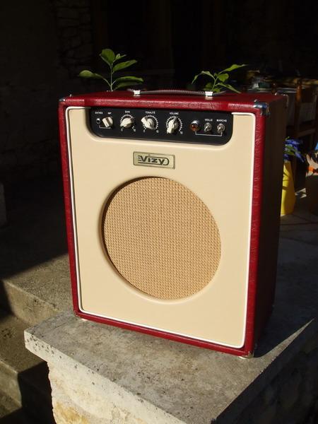 Vizy Amp